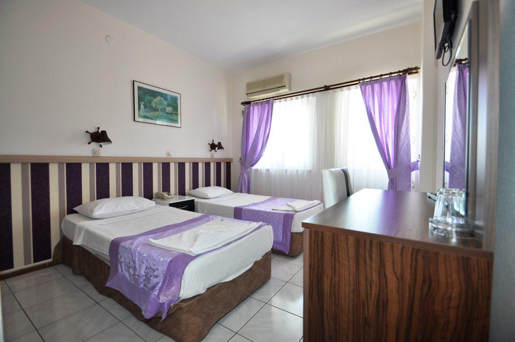 Reis Maris Hotel Rooms & Rates